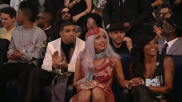 File:MTV VMAS 2010 SCREENSHOT 16.jpg