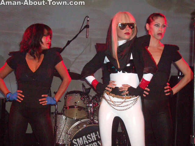 File:6-7-08 Performance at Bootie LA's 3rd Anniversary ''Pirate Ball'' 002.jpg