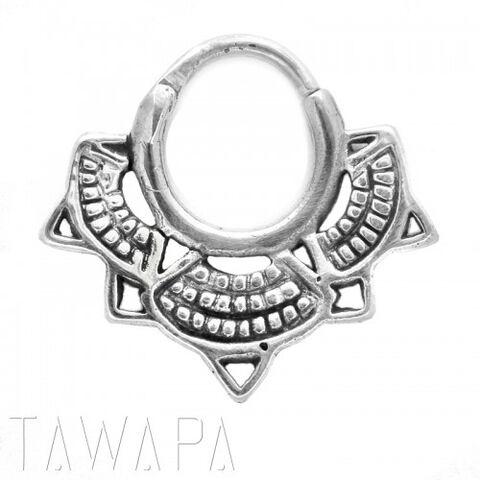 File:Tawapa - Lotus septum small diameter silver.jpg