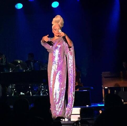 File:7-4-15 Cheek to Cheek Tour 001.jpeg