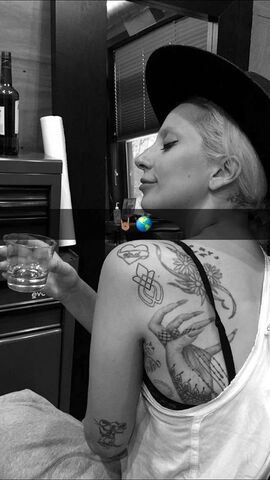 File:TattooSnapchat002.jpg