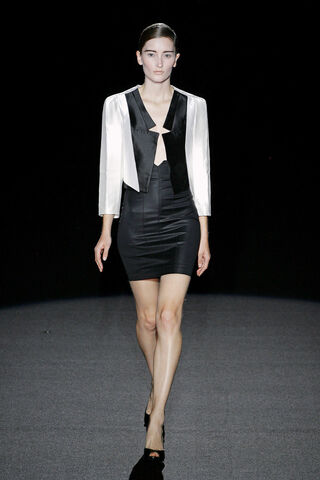 File:Bruno Pieters ss 2009 white jacket.jpg