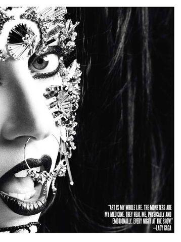 File:V Magazine No 71 81.jpg