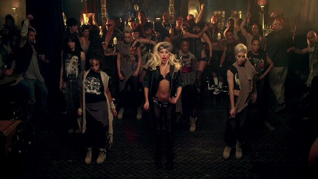 File:Lady Gaga - Judas 151.jpg