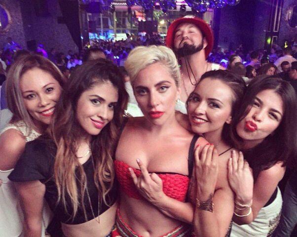 File:7-16-16 At Mandala Nightclub in Cabo San Lucas 002.jpg