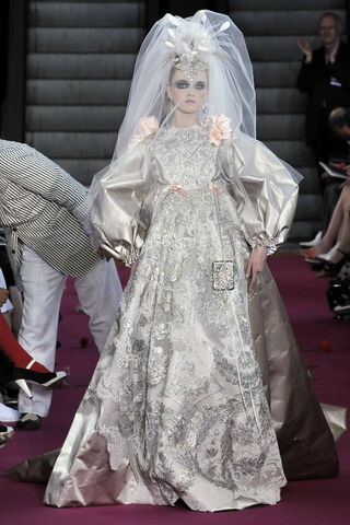File:Christian Lacroix Fall 2008 Couture Bride Gown.jpg