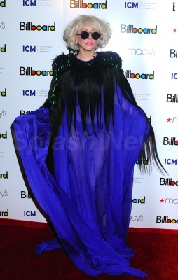 File:10-2-09 Billboard Women in Music.jpg