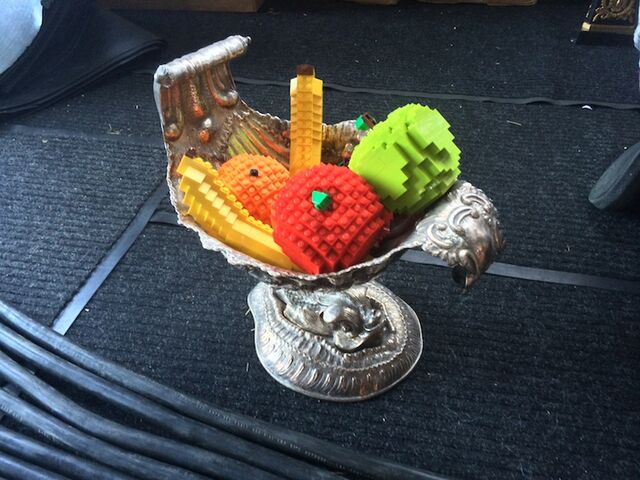 File:Nathan Sawaya Lego Fruits.jpg