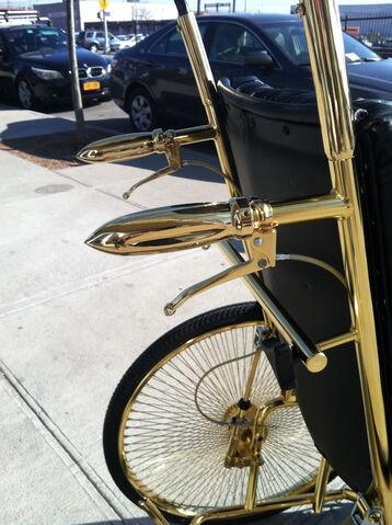 File:Wheelchair by Mordekai 003.jpg