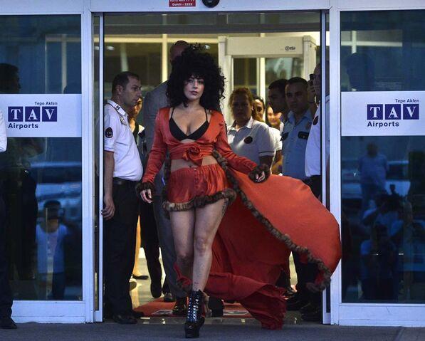 File:9-14-14 Leaving Genel Havacılık Terminali at Ataturk Airport in Istanbul 001.jpg