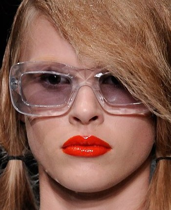 File:Prada - Spring-Summer 2010 RTW Collection.jpg