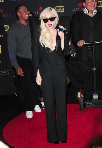 File:11-23-09 The Fame Monster Signing at Best Buy.jpg