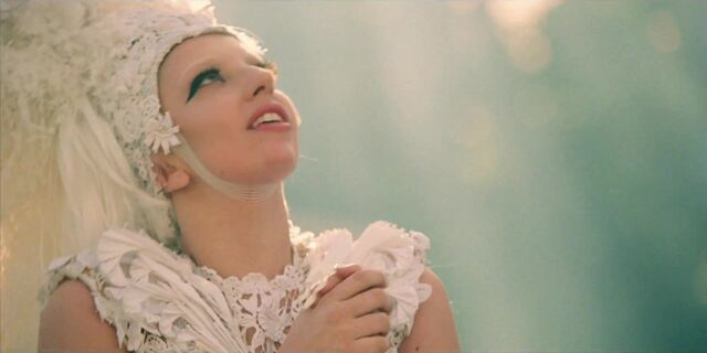 File:G.U.Y. - Music Video 022.jpg