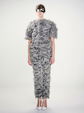 File:Huang Ting-Yun - Building The Void 2013 Collection 002.jpg