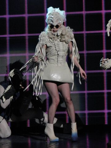 File:12-21-09 Monster Ball 001.jpg