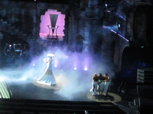 File:The Born This Way Ball Tour Bloody Mary 005.jpg