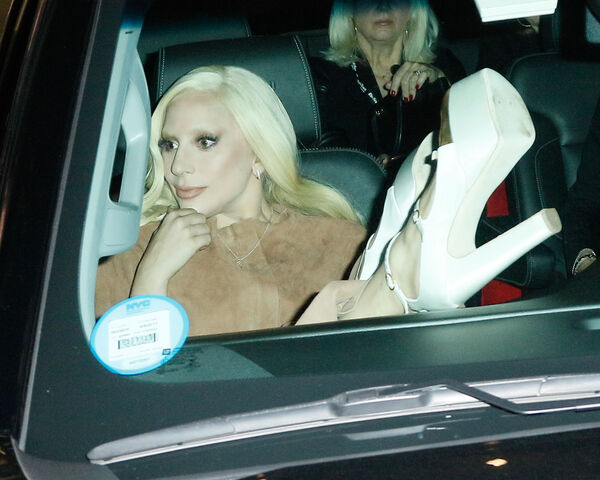 File:12-10-15 Leaving Cipriani in NYC 001.jpg