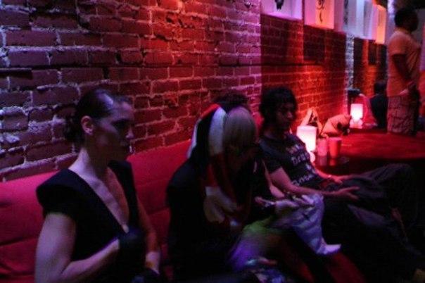 File:5-24-08 G Bar Backstage 001.jpg