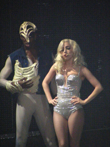 File:The Monster Ball Tour at Pearl Concert Theater 12-17-09.jpg