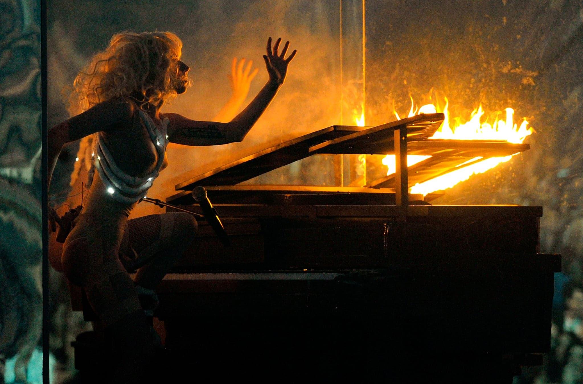 File:American Music Awards 2009 4.jpg