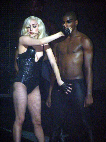 File:Lady Gaga The Monster Ball at Pearl Concert Theater 12-17-09.jpg