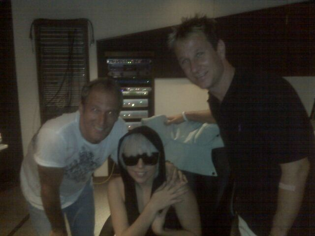 File:8-3-08 Los Angeles Studio 001.jpg