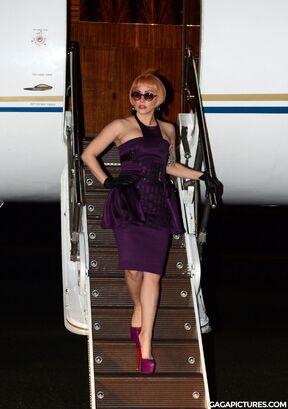 File:6-11-12 Arriving in Australia 001.jpg