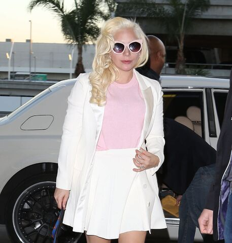 File:12-23-15 Arriving at LAX Airport in LA 002.jpg