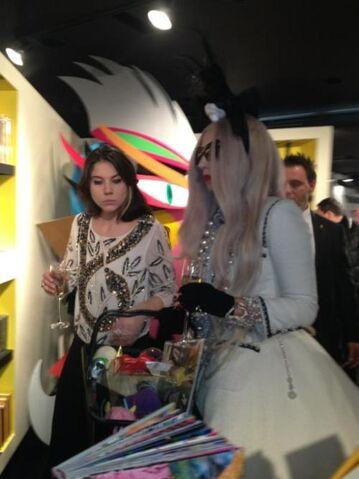 File:11-21-11 Gaga's Workshop 006.jpg