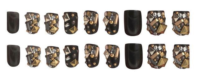 File:Gaga's Workshop Black Gold Gold Nails.jpg