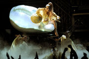 13-2-11 Performing Born This Way at Grammys 002