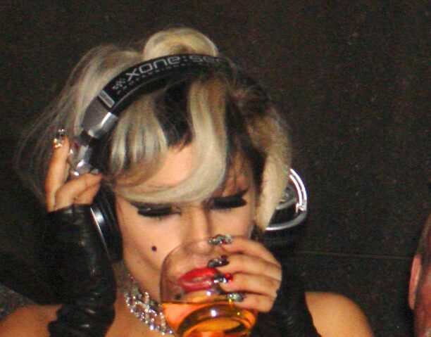 File:5-19-11 SNL Afterparty 004.jpg