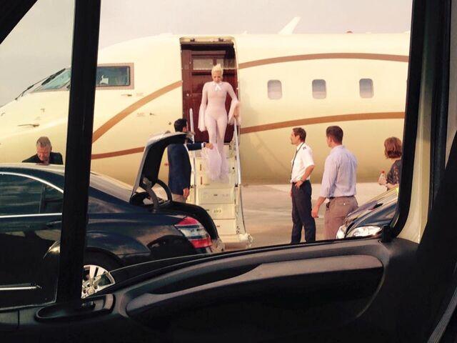 File:7-13-15 Arriving at Perugia San Francesco d'Assisi Umbria Int Airport 001.jpg