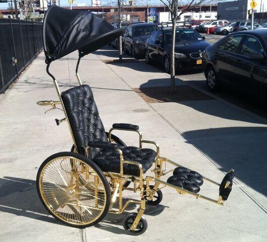 File:Wheelchair by Mordekai 001.jpg