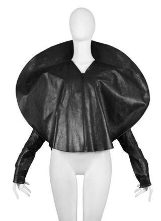 File:Maison Martin Margiela Spring Summer 2009 Black leather disc jacket.jpg