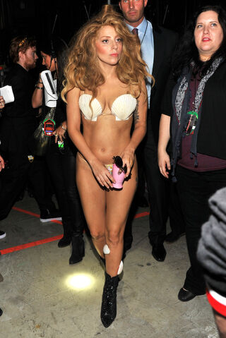 File:8-25-13 MTV VMA's Backstage 005.jpg