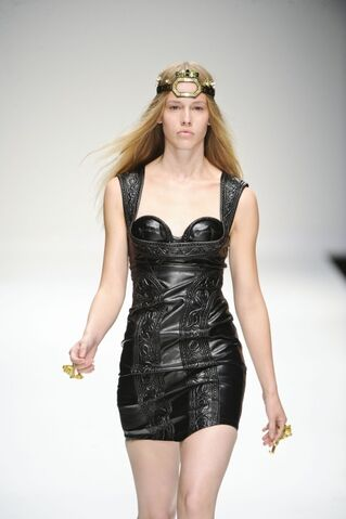 File:KTZ Spring Summer 2011 Black leather cording dress.jpg