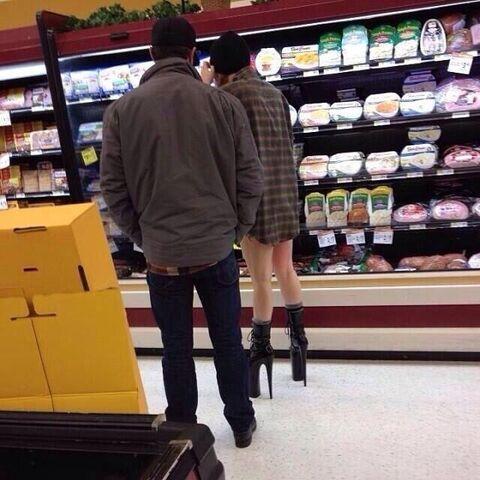 File:12-23-13 Supermarket 001.jpg