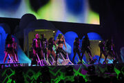 5-26-14 Mary Jane Holland artRAVE The ARTPOP Ball 004