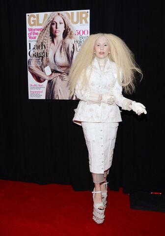 File:11-11-13 Glamour Magazine Women of the Year Awards Red Carpet 002.jpg