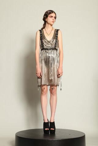 File:Maria Francesca Pepe Spring 2011 Chain dress.jpg
