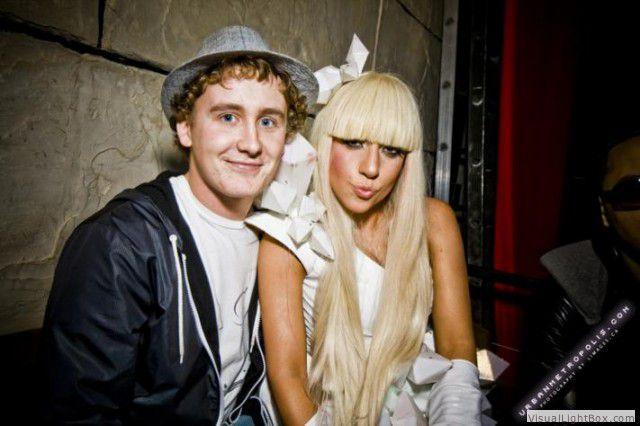 File:11-18-08 Backstage at Empire Ballroom Nightclub in NYC 001.jpg