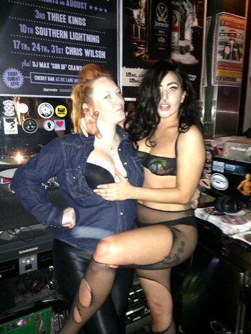 File:8-23-14 At Eve Bar in Melbourne 003.jpg