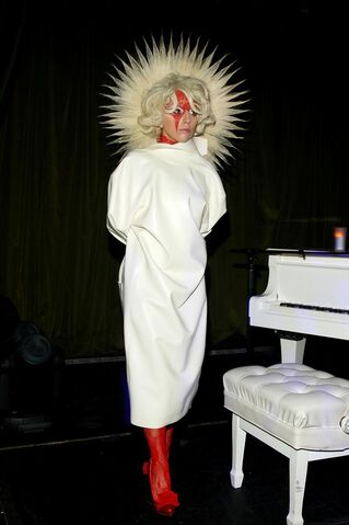 File:9-14-09 At Marc Jacobs Party 003.jpg