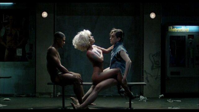 File:LoveGame music video scene 02 007.jpg