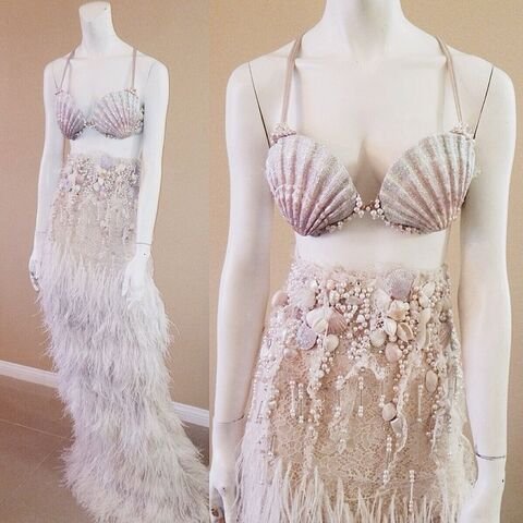 File:Bryan Hearns - Custom seashell dress and bra.jpg