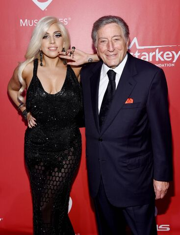 File:2-6-15 MusiCares Event 002.jpeg
