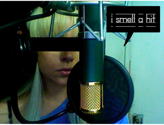 File:Britneyblog.jpg