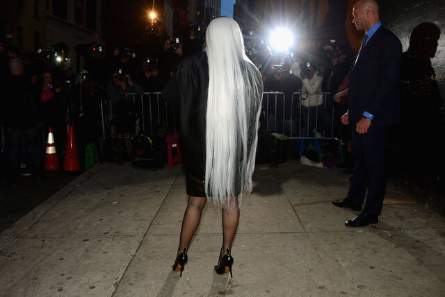 File:3-31-14 Arriving at Roseland Ballroom in NYC 002.jpg