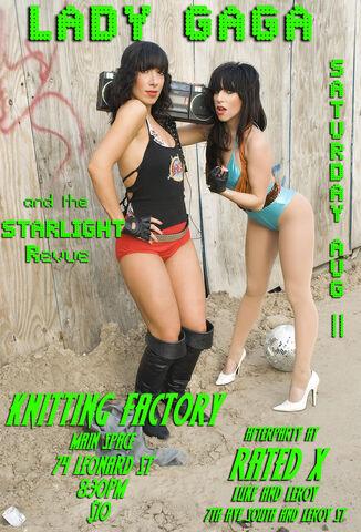 File:KnittingFactory07.jpg